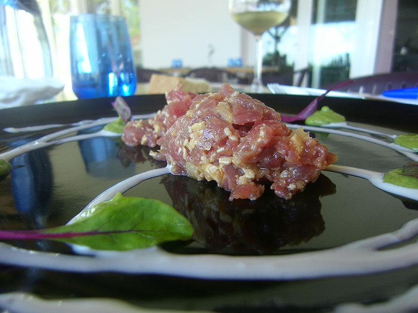 El tartar de atún de La Breña. Foto: Cosasdecome