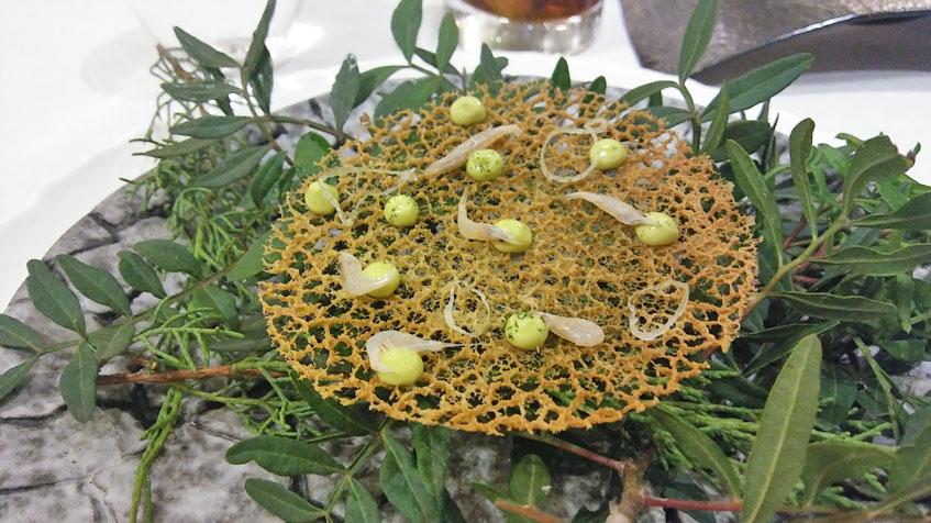 Las tortillitas de camarones de Alevante. Foto: Cosasdecome