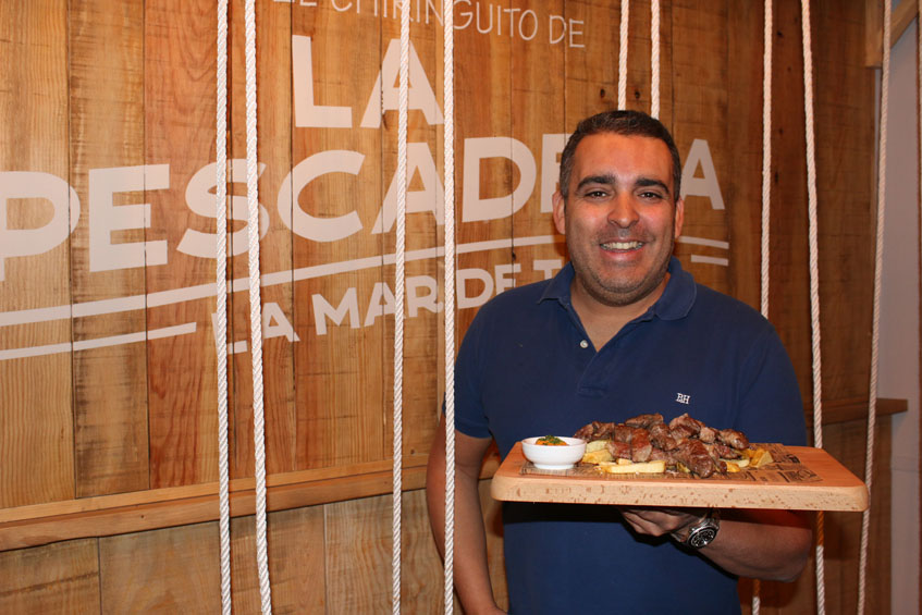 Aurelio Barrera, gerente y principal responsable de la cocina de La Pescadería. Foto: Cosasdecome