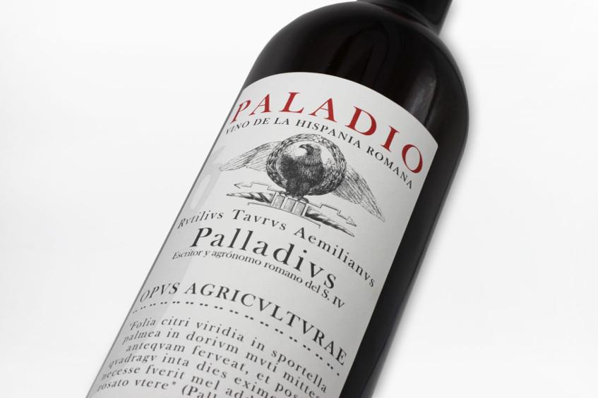 Paladio, uno de los originales vinos romanos que está reconstruyendo el arqueólogo Manuel Bejar. Foto: Cedida por Vinos Baética