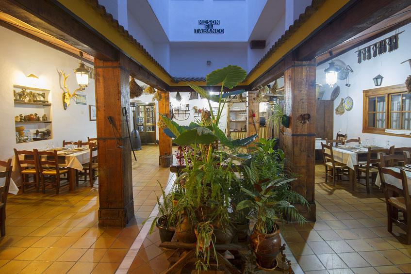 Así es ahora uno de los comedores del Mesón El Tabanco. Foto: Cedida por el establecimiento.