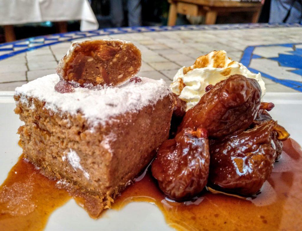 5. Bar Cadiz. Torta de alfajor con higos