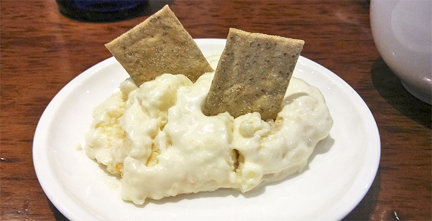 La ensaladilla de huevos de choco del restaurante El Faro