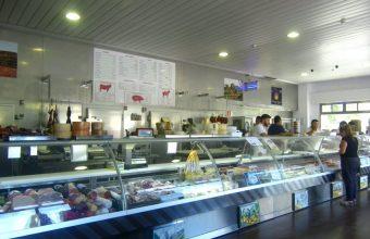Mostrador de la carnicería Nieves en El Altillo, en Jerez. Foto: Cosasdecome