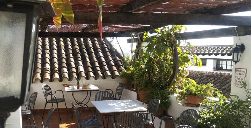 El restaurante que creció junto al chirimoyo
