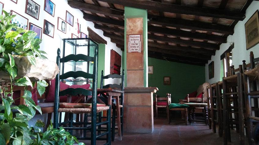 Uno de los espacios del intrior de El Anón. Foto: Cosasdecome