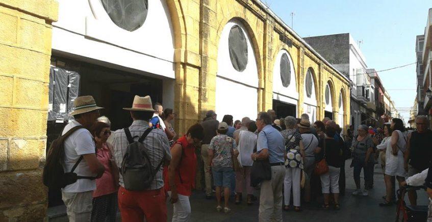 El Mercado de Puerto Real inicia el reparto a domicilio
