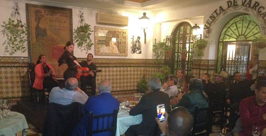 Cenas con flamenco en La Venta Vargas