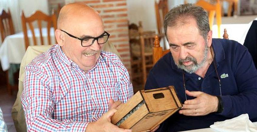 Pepe Melero de El Campero nombrado socio de honor del Grupo Gastronómico Gaditano