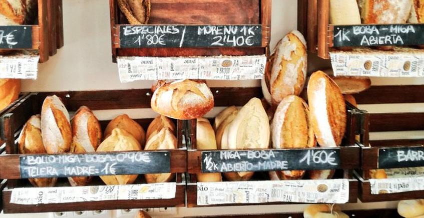 Expositor de panes de Rico Paladar. Foto: Tapatólogo José Abril