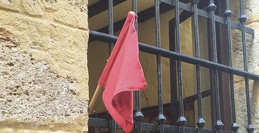 Bandera roja en La Sorpresa