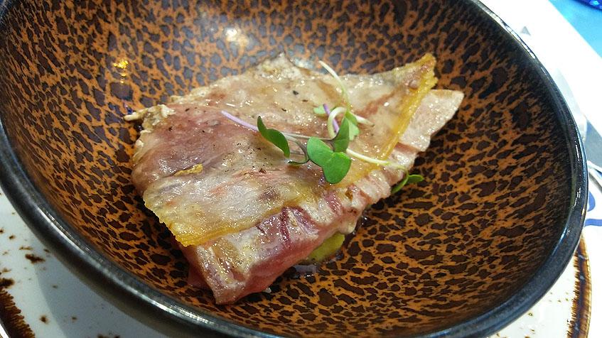 La ventresca de atún, uno de los platos estrella. Foto: Cosasdecome