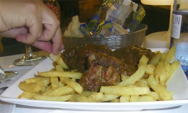Cola de toro del restaurante Trafalgar. Foto: Cosasdecome