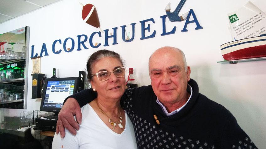 Mari Carmen Prieto, cocinera del restaurante y  autora de este guiso de menudo junto a su marido y gerente del establecimiento Miguel Muriel Rondán. Foto: Cosasdecome