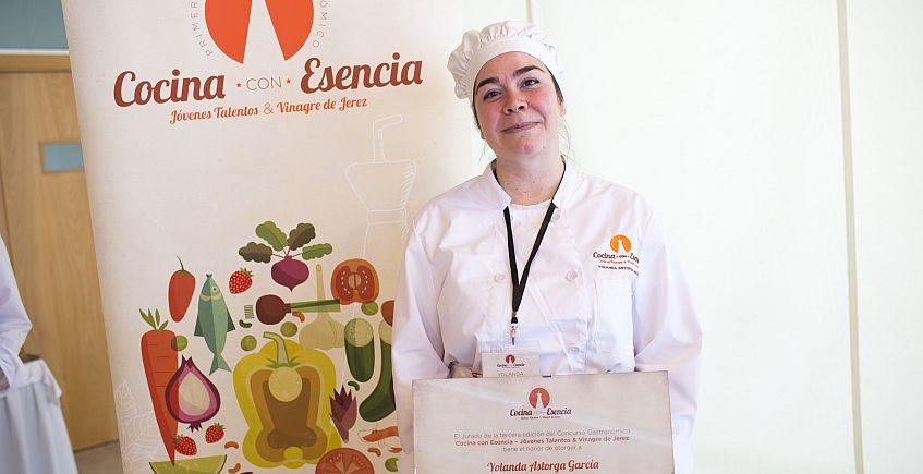 La asidonense Yolanda Astorga, ganadora del III concurso gastronómico con vinagre de Jerez