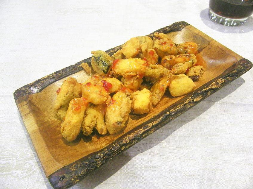 Los originales chocos fritos del restaurante Willy. Foto: Cosasdecome