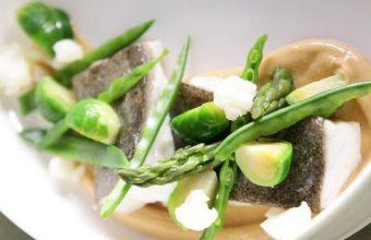 El rodaballo, uno de los platos que integran el menú degustación de La Carboná. Foto: La Carboná