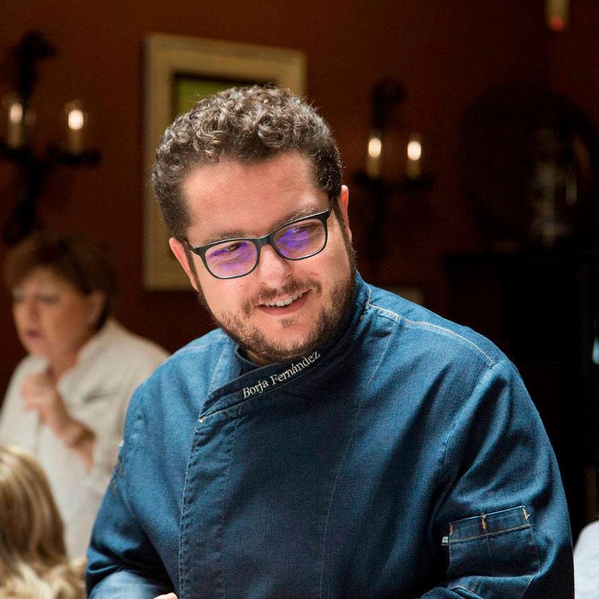 El cocinero Borja Fernández Serrano fotografiado por su hermana María. Foto: Cosasdecome