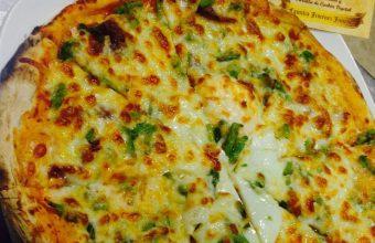 La pizza de espárragos trigueros de El Campanero