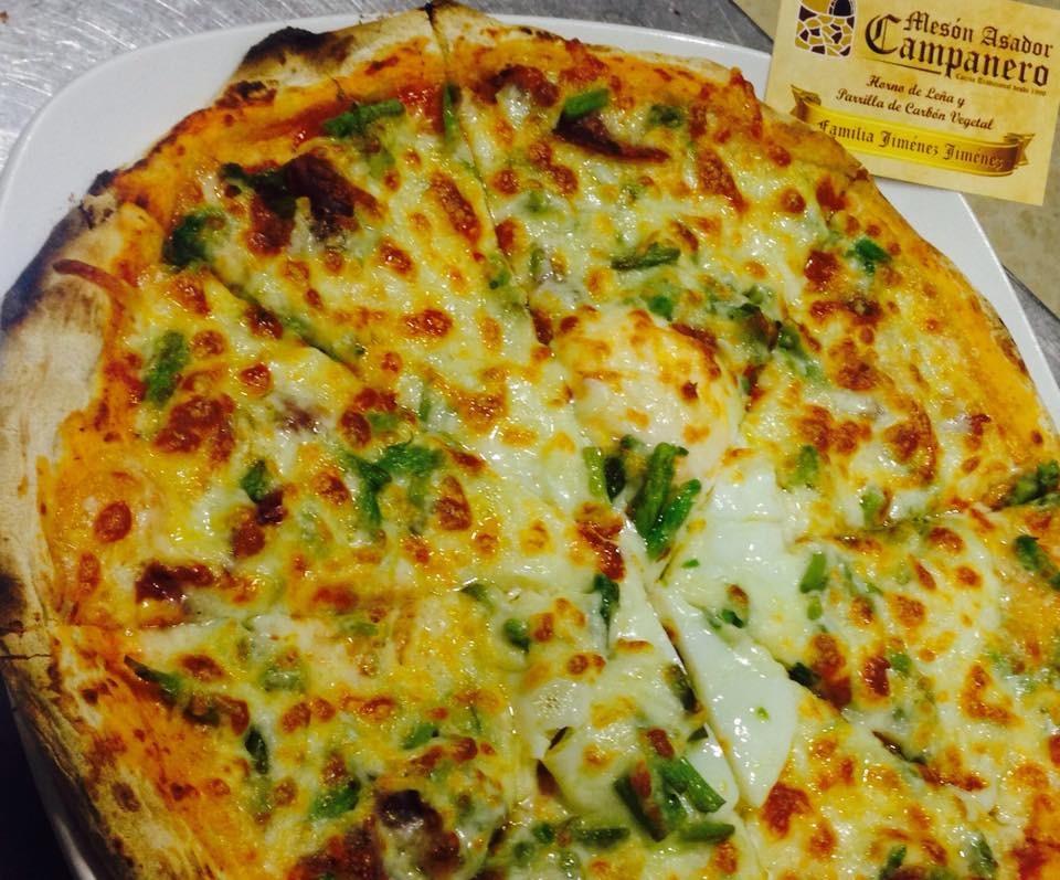 La pizza de espárragos. Foto cedida por el establecimiento.