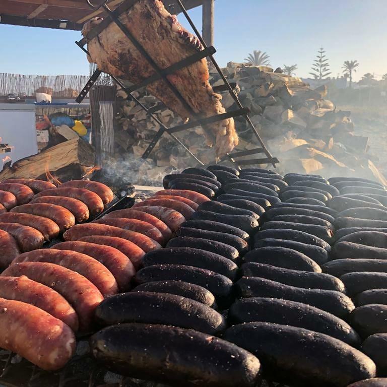 chorizos y morcillas en Bahía Limón