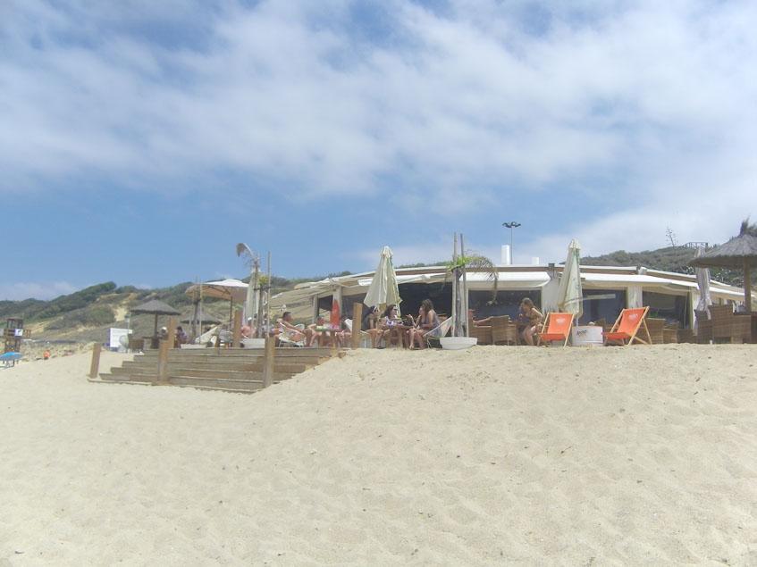 Feduchy visto desde la orilla de la playa de La Fontanilla. Foto: Cosasdecome