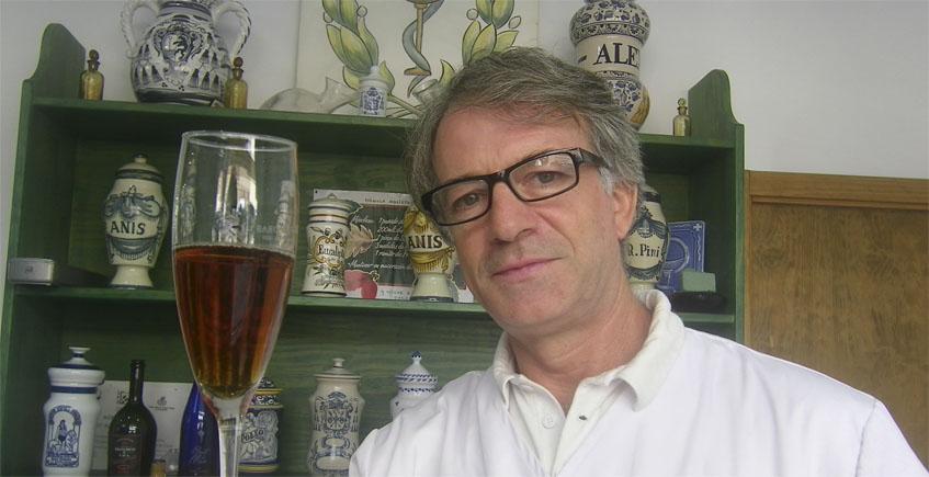 La firma portuense Arrobas & Cia crea un espumoso realizado con jereces viejos mezclado con mostos del año