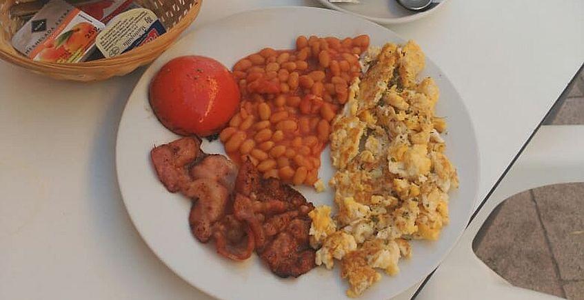 Desayunos ingleses en El Bache de Puerto Real