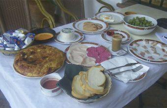 El desayuno completo del Cortijo Las Grullas