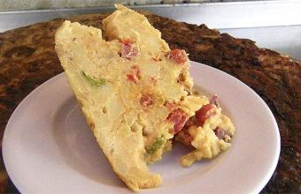 La tortilla mixta de Los Corrales de Sanlúcar