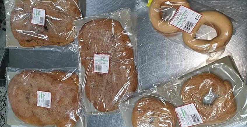 Molletes y pan de Algar, a la venta por internet