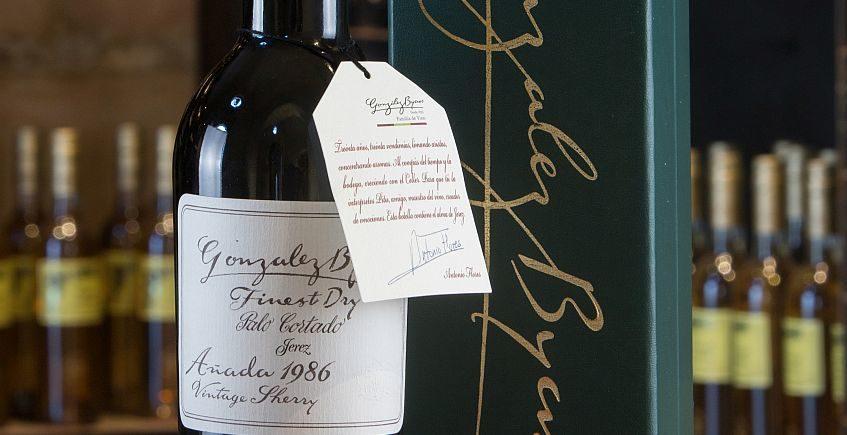 Tres botellas de Palo Cortado de González Byass alcanzan las 5.100 libras esterlinas en subasta