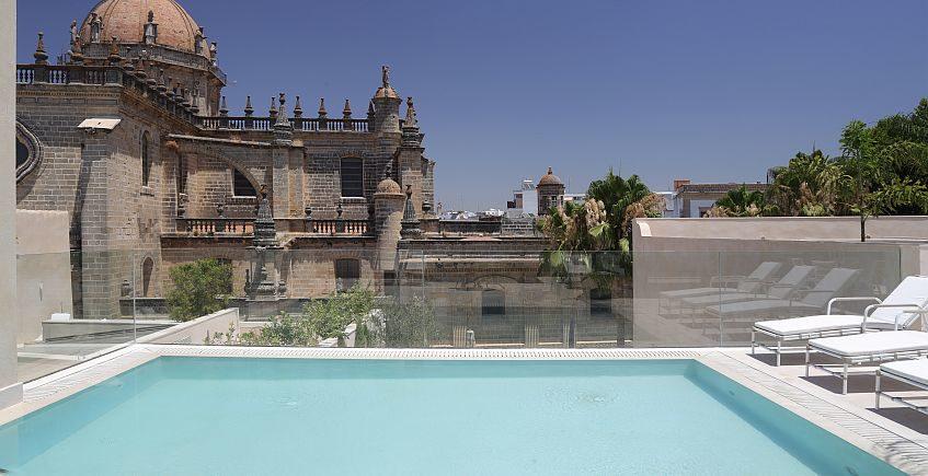 Abre el Hotel Bodega Tío Pepe, primer sherry hotel del mundo
