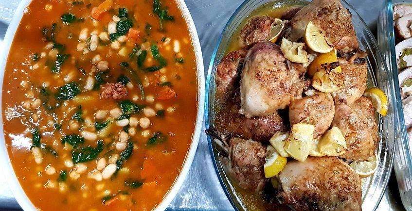 El Laurel de Ubrique lleva comida tradicional a domicilio
