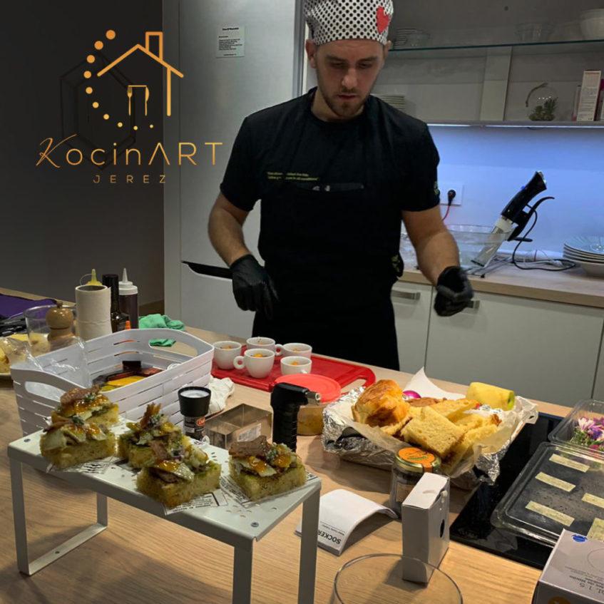 El cocinero también oferta demostraciones de cocina en directo, clases y talleres. Foto cedida por Kocinart