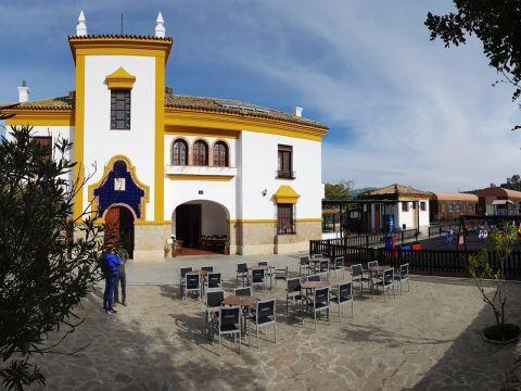 El restaurante cuenta con tres terrazas exteriores. Foto cedida por establecimiento
