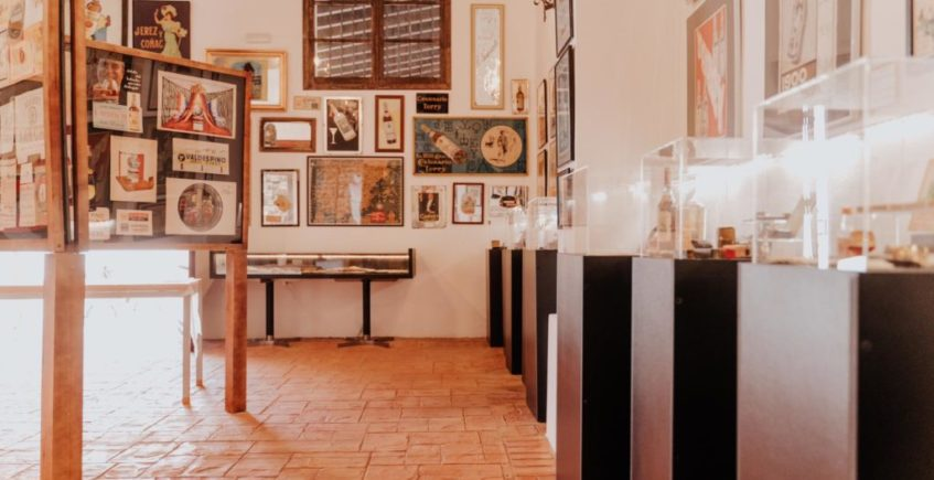 El museo de los 6.000 objetos sobre el vino de Jerez