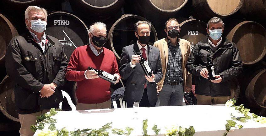 El nuevo Fino Palillo, ahora de la Unión de Viticultores Chiclaneros