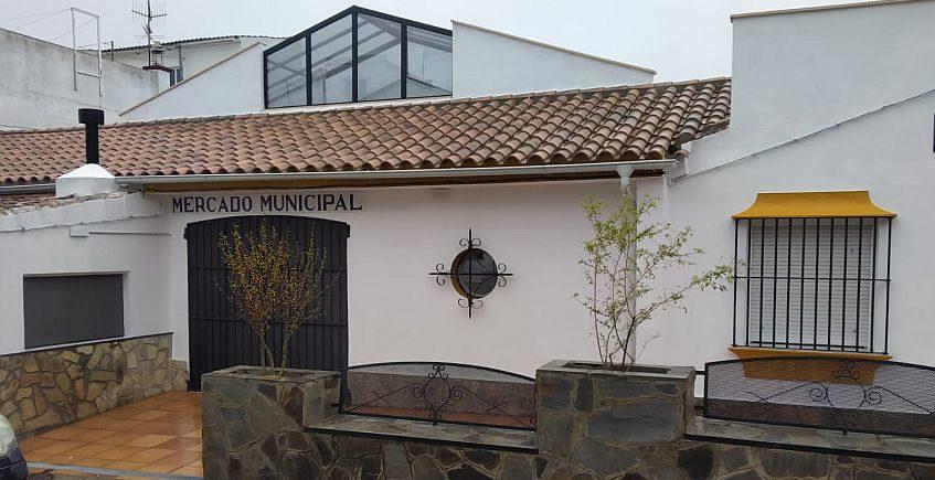 La plaza de abastos de Prado del Rey ya está abierta