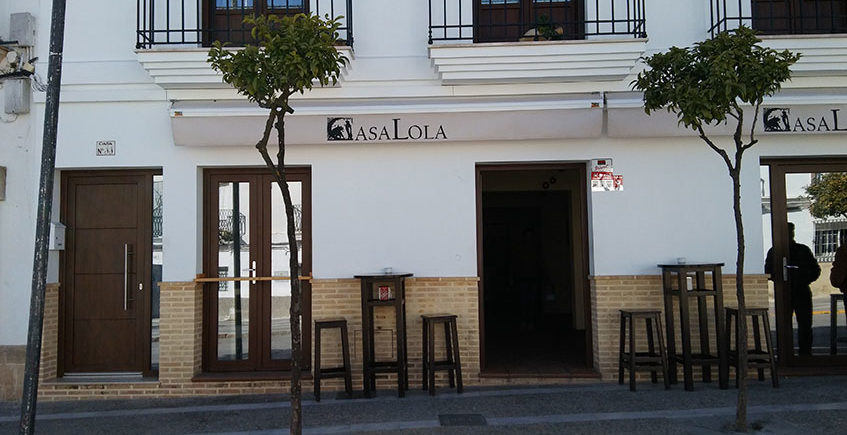 Casa Lola exterior