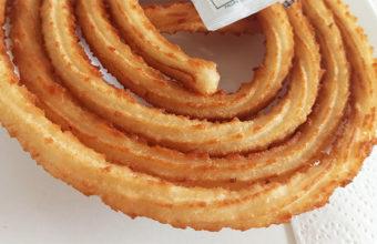 Los churros en forma de rueda de la cafetería El Campito