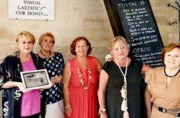 El Bar La Casapuerta de Cádiz premia la labor del grupo gastronómico El Almirez